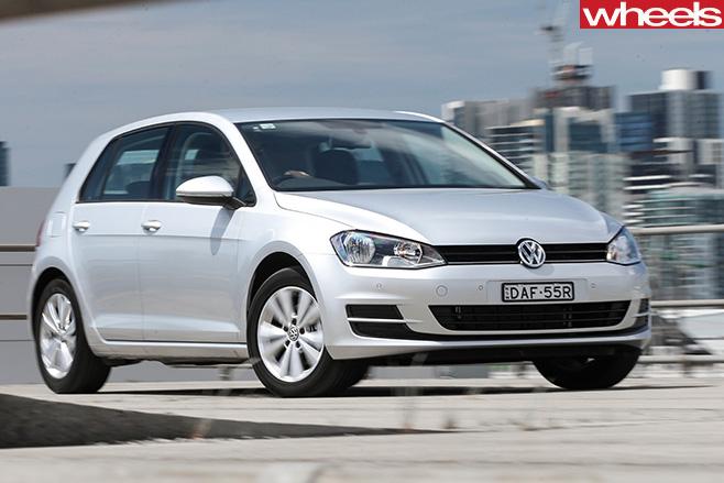 Volkswagen -golf -front -side