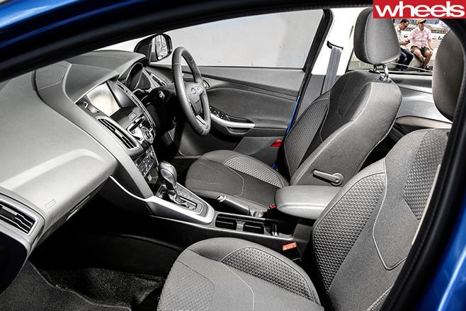 Ford -Focus -interior-