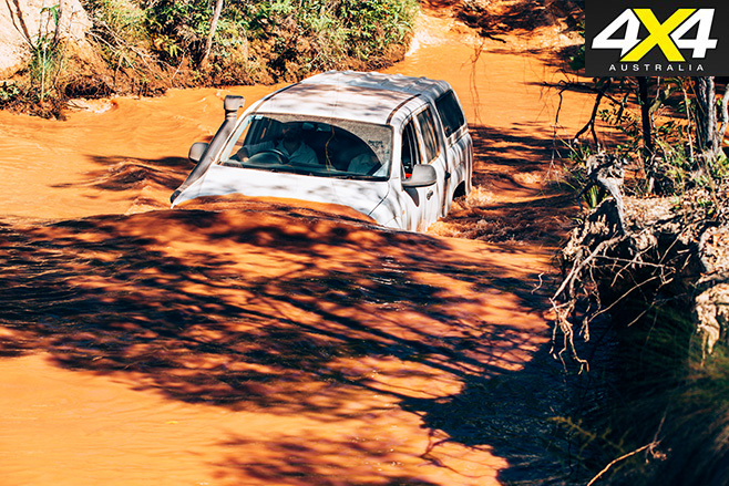 Amarok driving through water