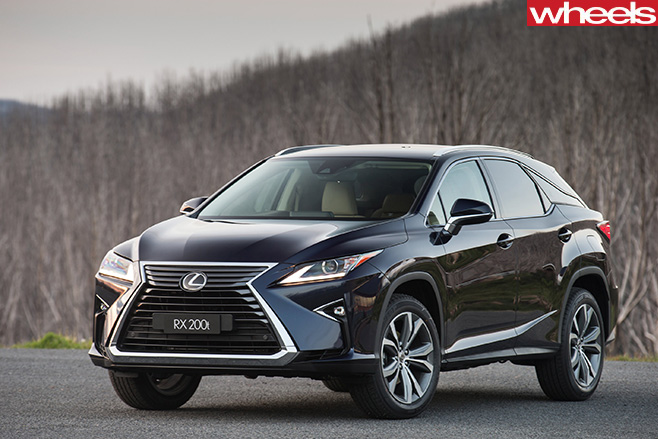 Lexus -RX-200t -luxury -front -side -facing