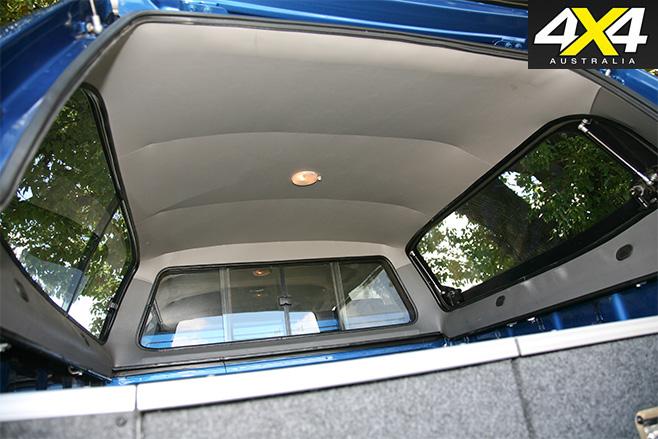 Razorback -canopy -inside