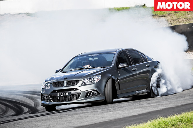Hi-torque hsv gen-f clubsport burnouts hp