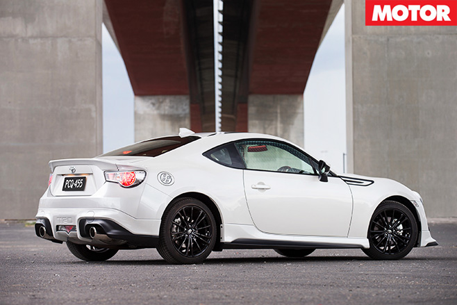 Toyota reveals 86 Blackline Edition rear