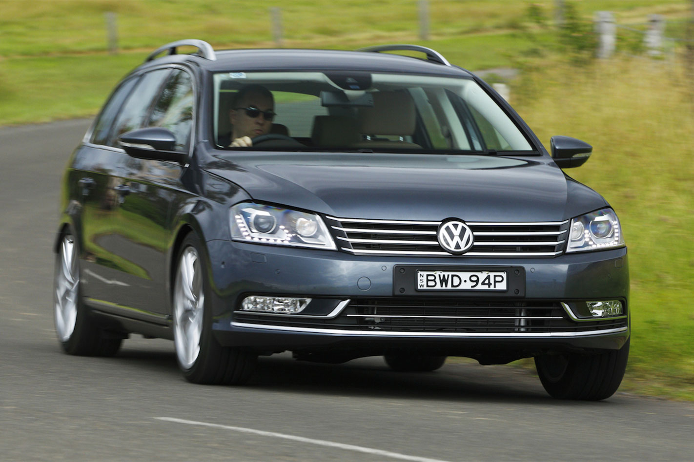 Volkswagen -Passat -V6-FSI