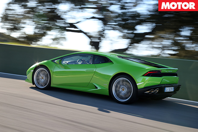 Lamborghini Huracan side driving