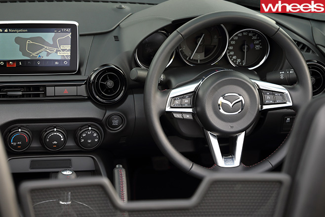 Mazda -MX-5-interior -steering -wheel
