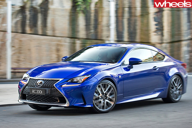Lexus -RC200t -driving -front -side -turning