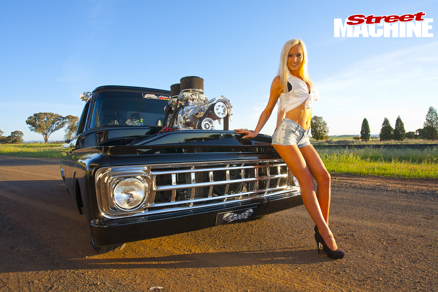 1963-Ford -Truck -with -Keneisha -2