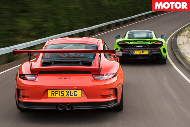 Porsche 911 gt3 rs vs mclaren 675LT driving
