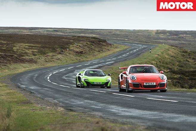Porsche 911 gt3 rs vs mclaren 675LT country road
