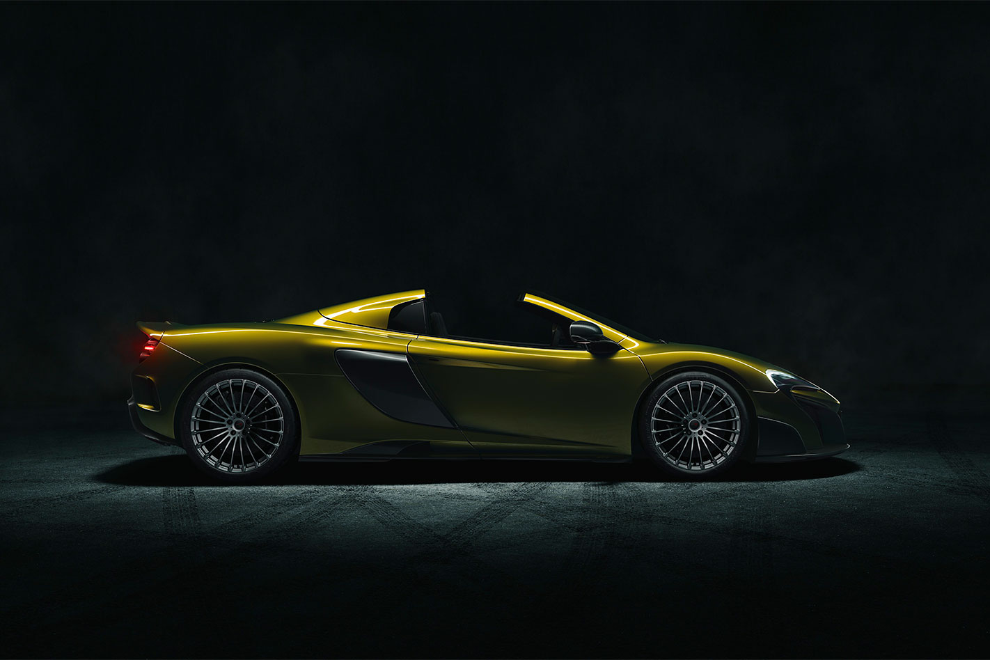 Mc Laren -675LT-Spider -profile