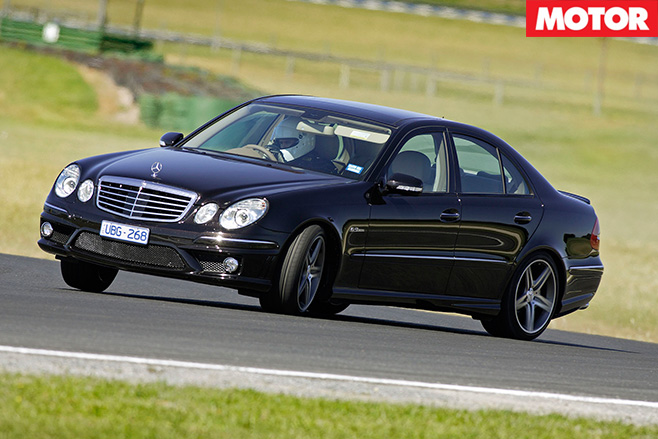 Mercedes-Benz E55-AMG