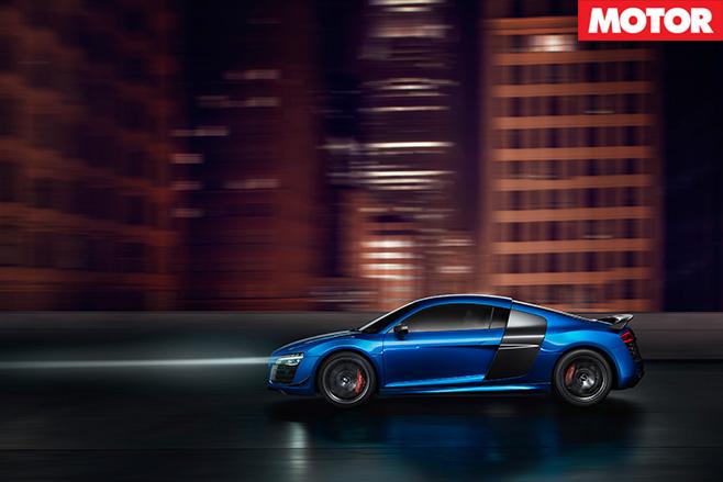Audi R8 LMX lights