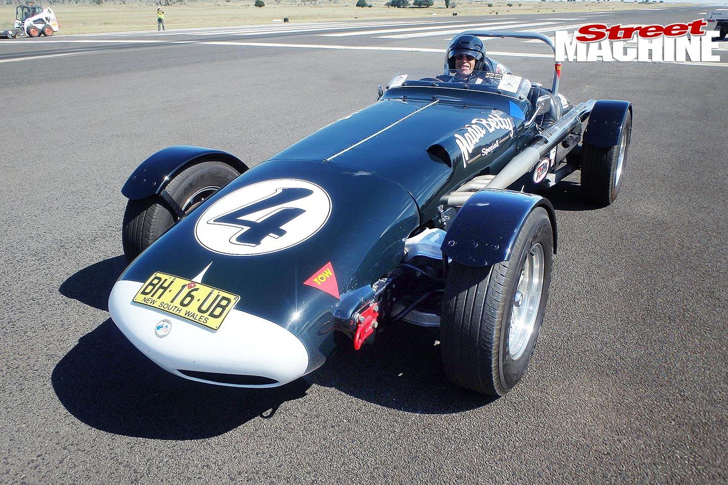 Snowy -1000-SM15-Wacky -Racer