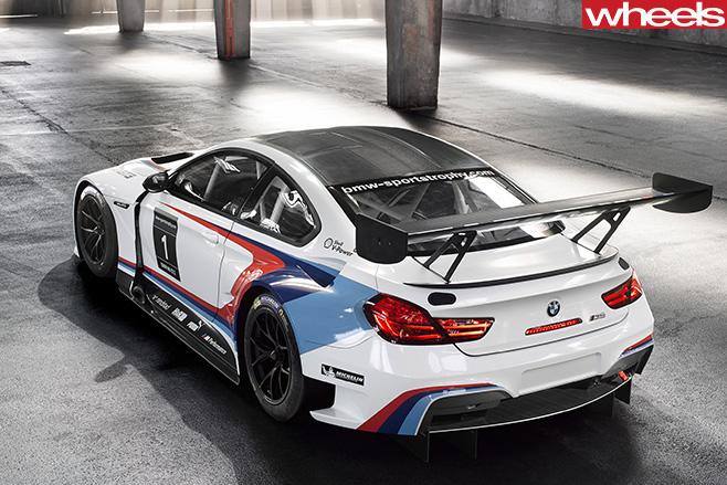 BMW-M6-Motorsport -seats