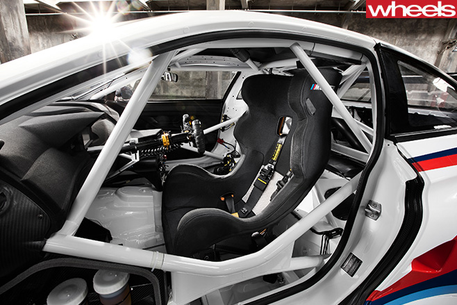 BMW-Motorsport -M6-GT3-seats -cage