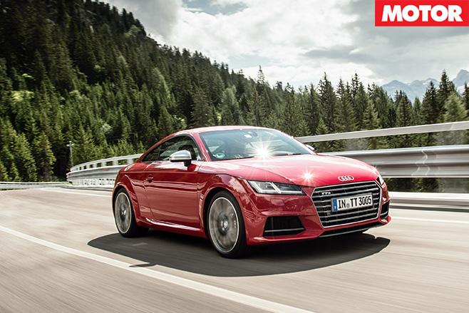 Audi tts driving