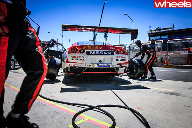 Nissan -Bathurst -12-hour