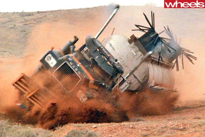 Mad -Max -truck -roll