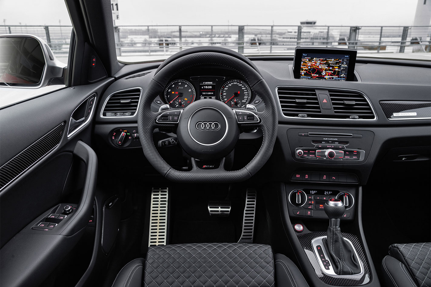 Audi -RS-Q3-interior