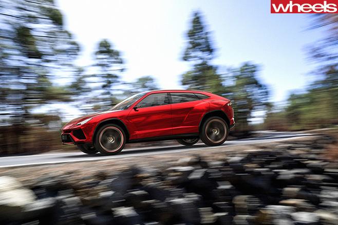 Lamborghini -Urus -driving -front -side