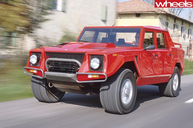 Lamborghini -LM002-driving -front