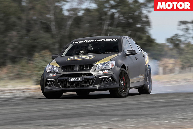 Walkinshaw Racing Edition turning
