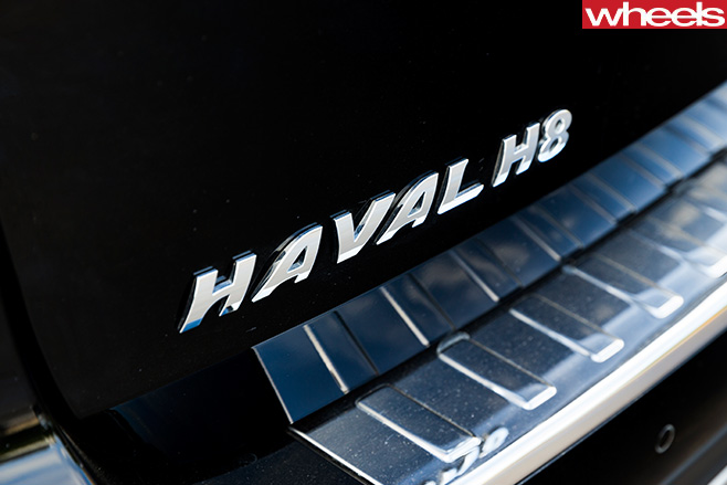 Haval -H8-badge