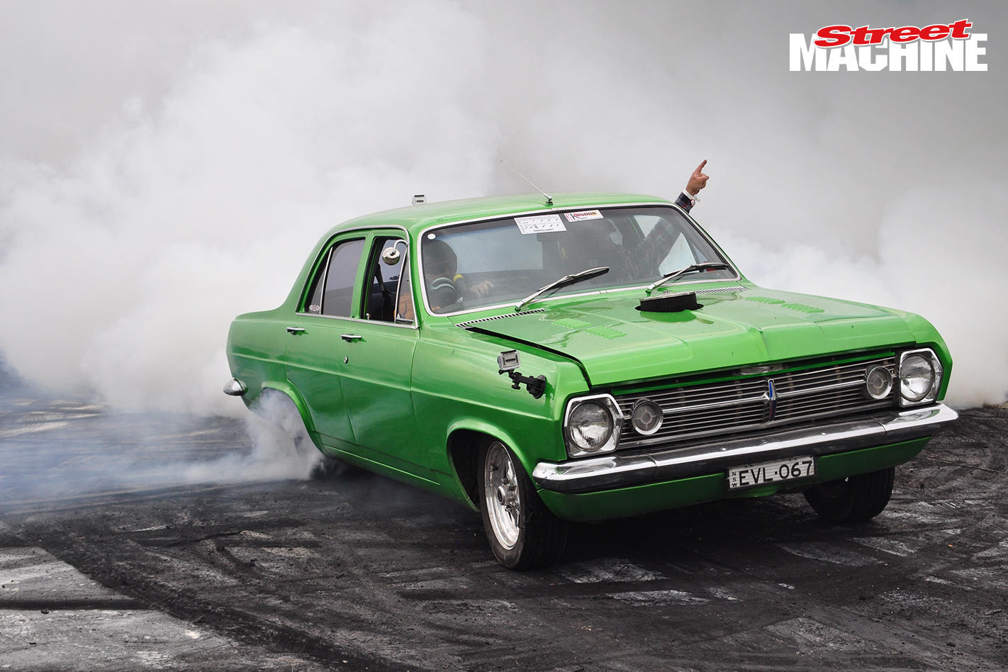 HR Holden Burnout Kandos
