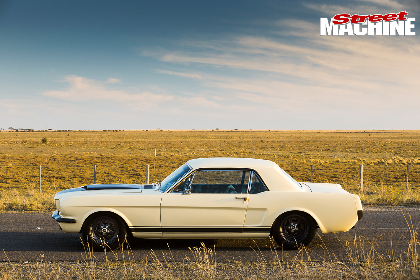 Ford -Mustang -1-side