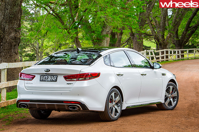 Kia -Optima -rear