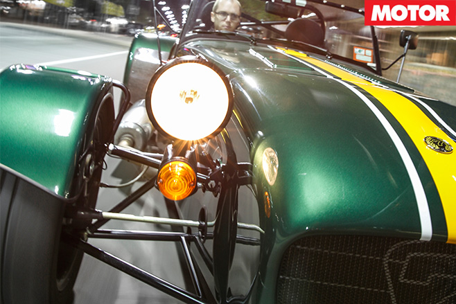 Caterham CSR-175 lights