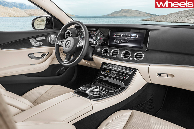 Mercedes -E-Class -interior