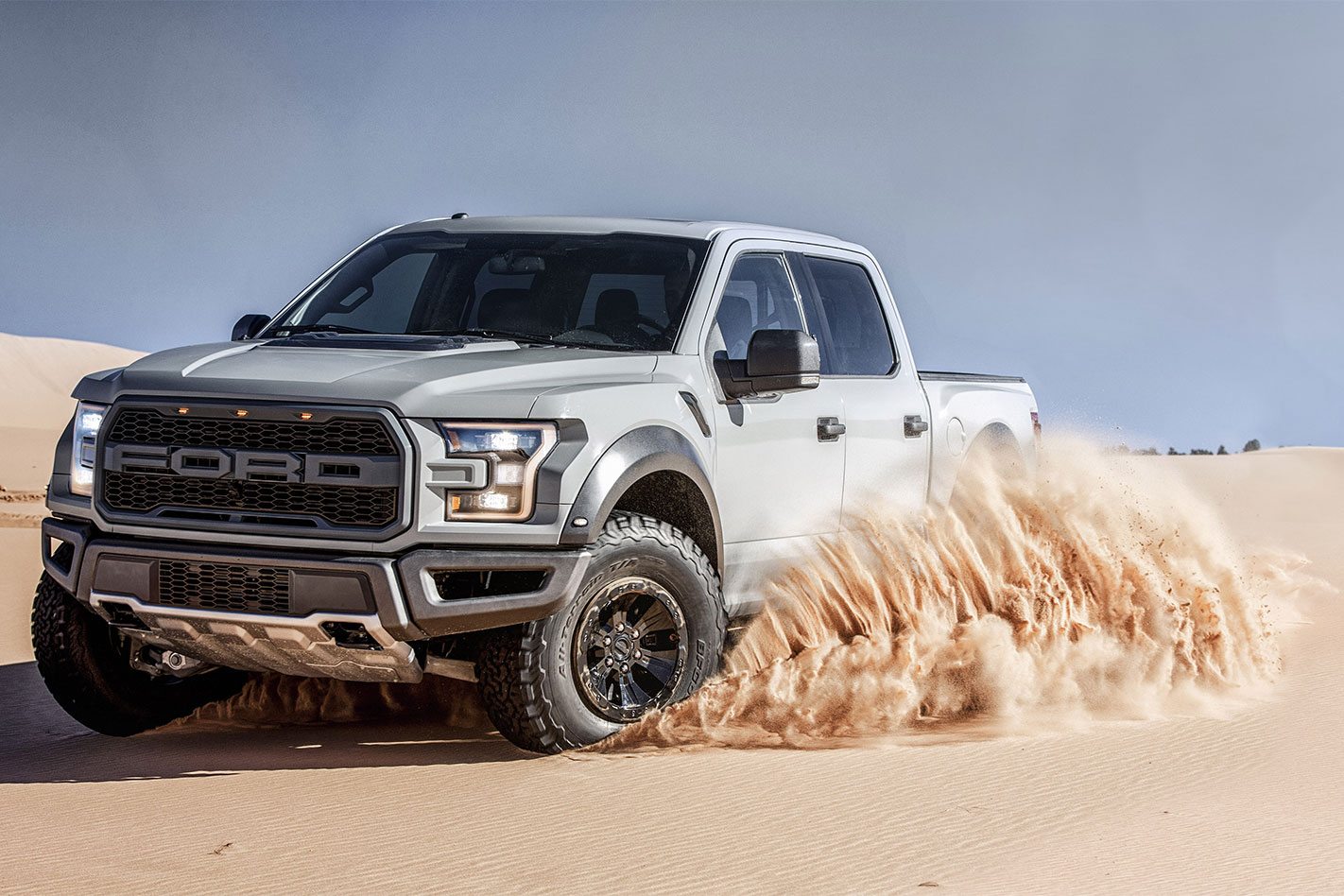 Ford -F150-Raptor -action
