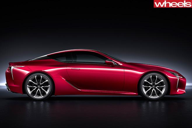 Lexus -LC500-side