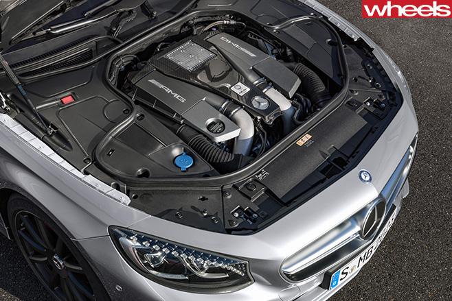 Mercedes -Engine
