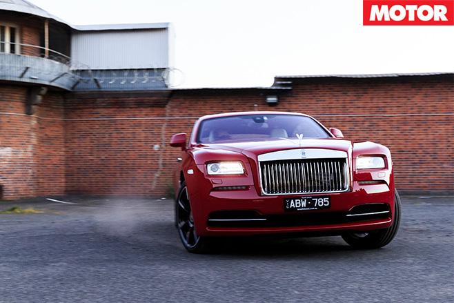 Rolls royce wraith turning