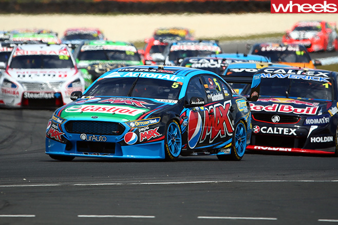 Mark -Winterbottom -V8-Supercars -driving
