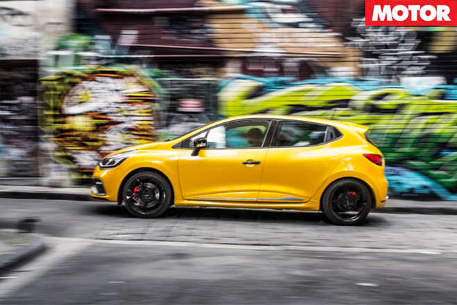 Renault Clio RS-200 side