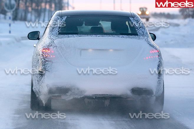 Mercedes -E63-rear