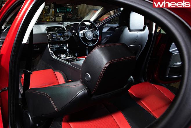 Jaguar -XE-Winner
