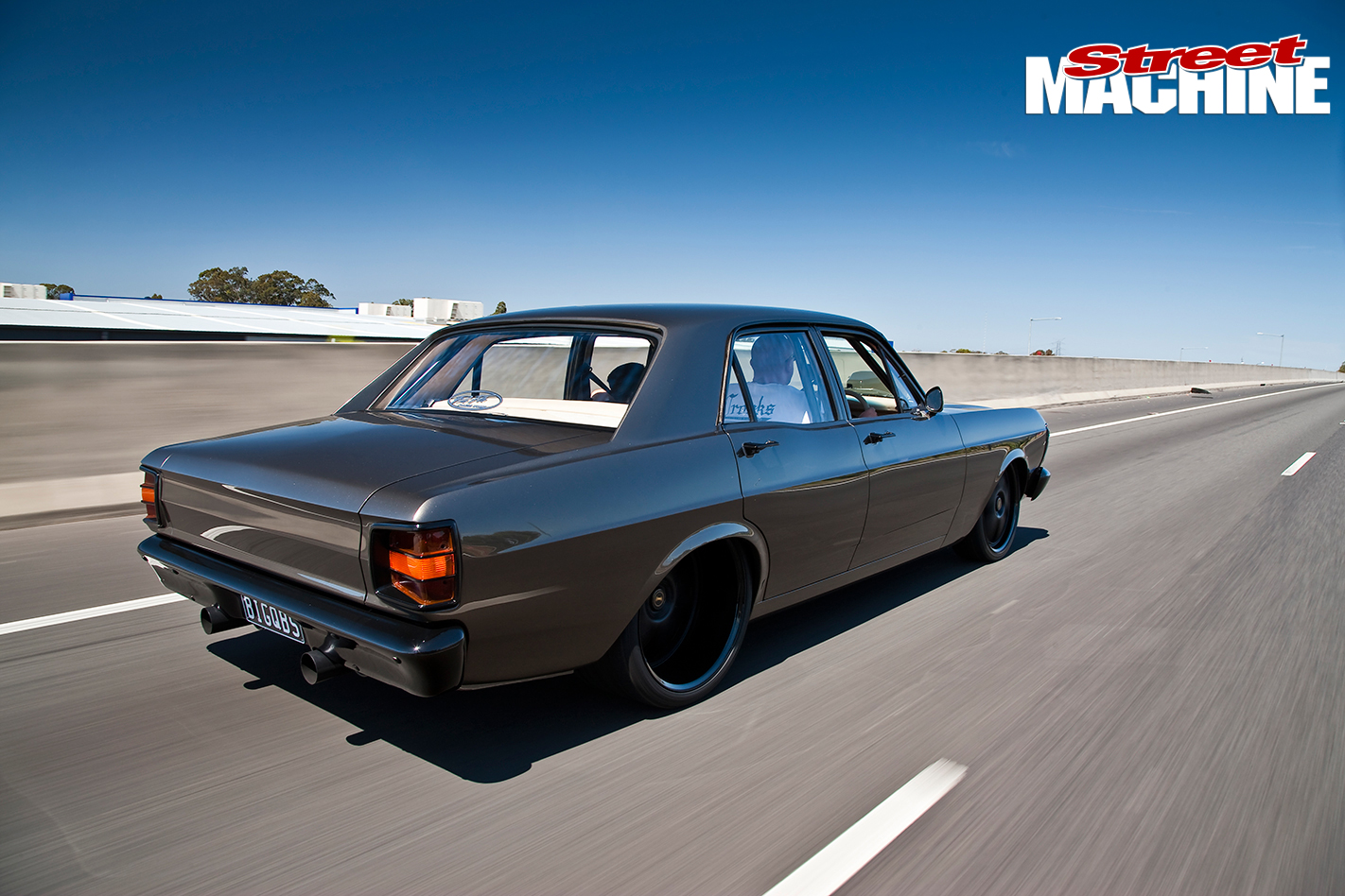 Ford -XY-Falcon -1-right -rear
