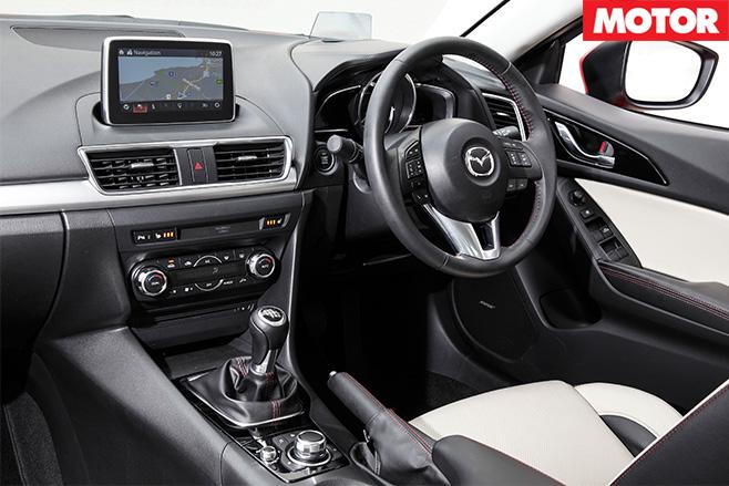 Mazda -3-XD-Astina -'Kuroi '-interior