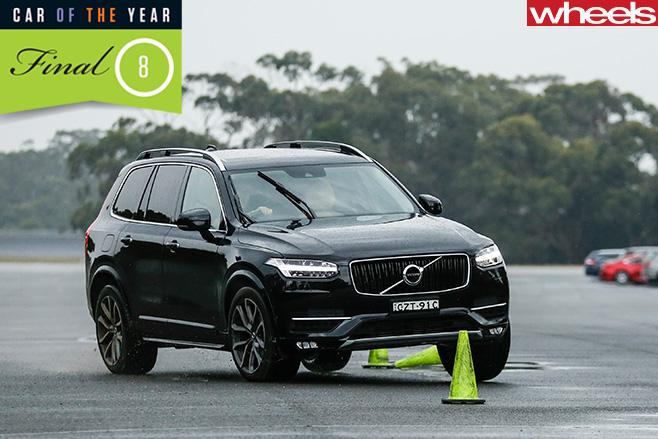 Volvo -XC90-driving -slalom