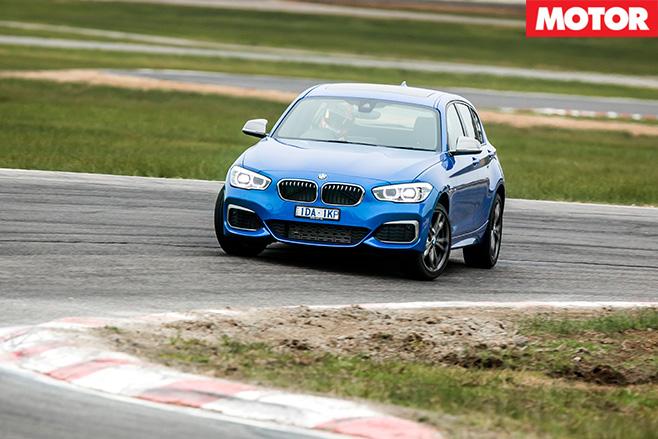 BMW-M135i -driving
