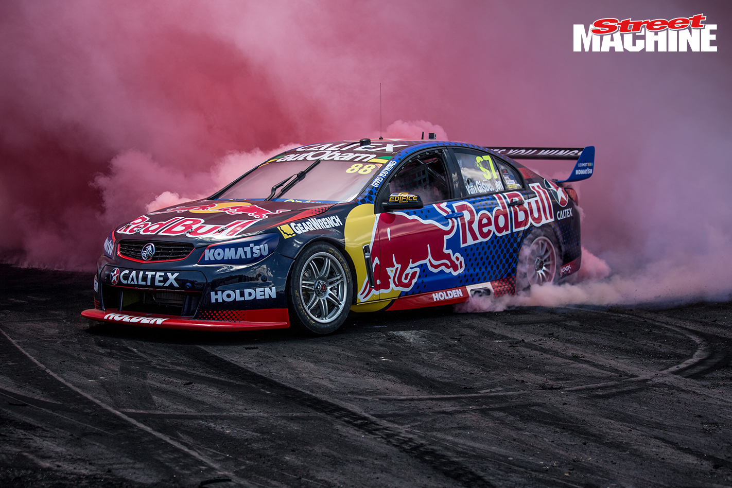 Redbull V8 Supercar Burnout 4 Nw