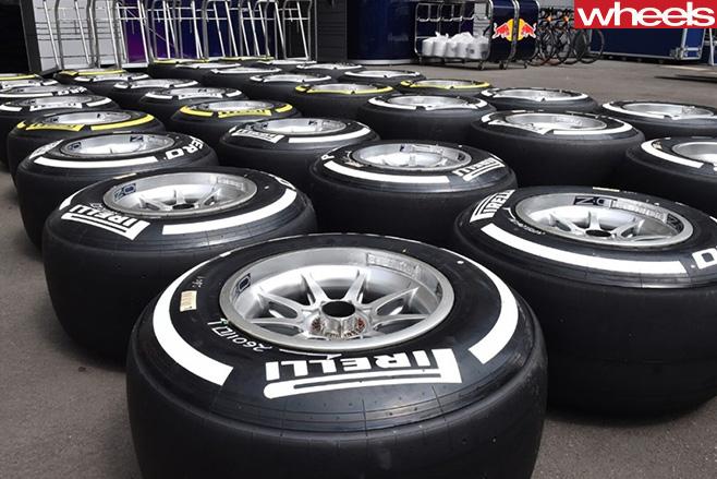 Pirelli -tyres
