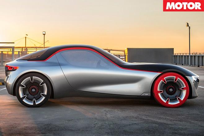 Opel GT concept side