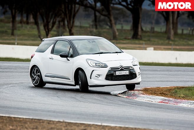 Citroen ds3 cornering on track