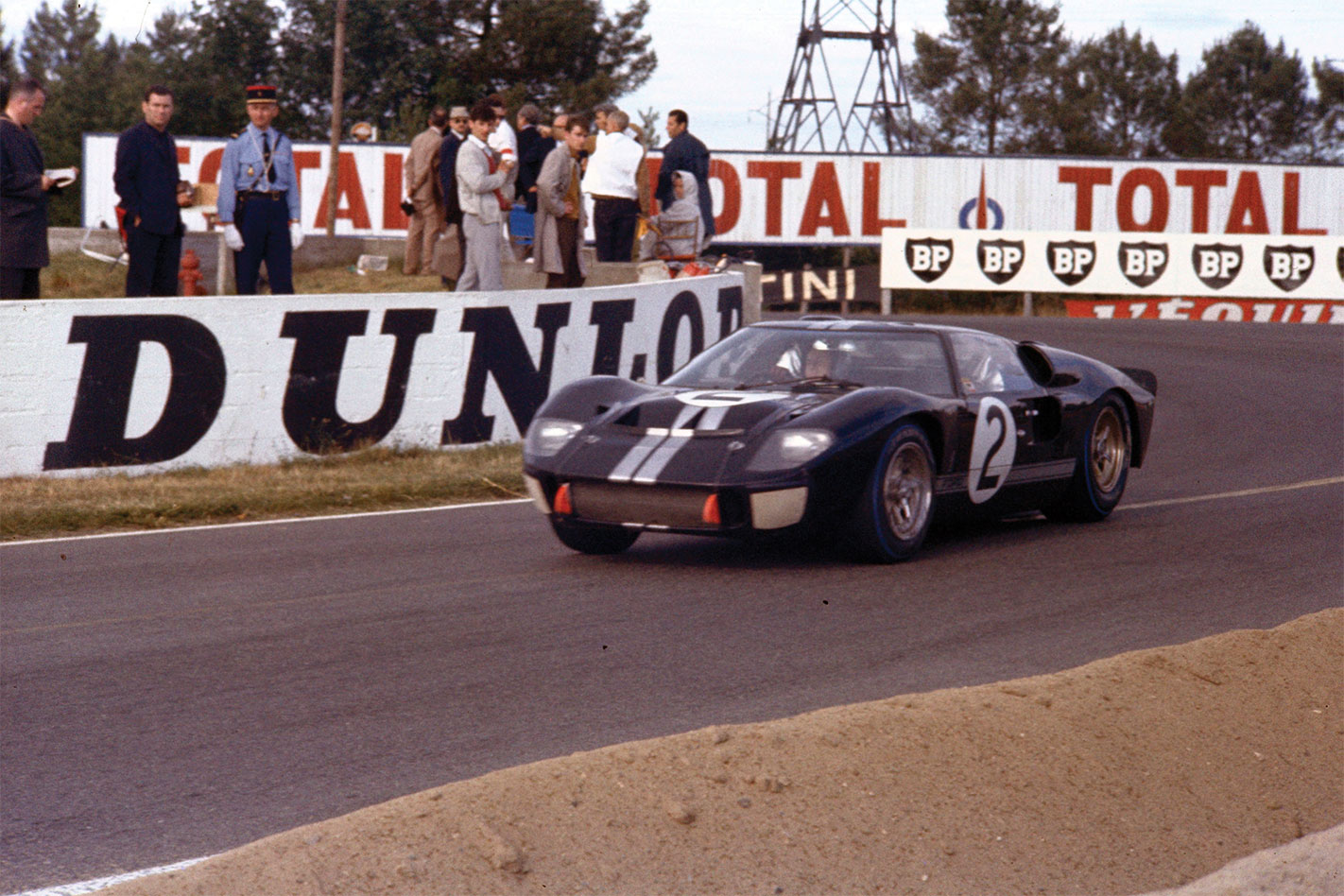 Ford -GT40-1966-Le -Mans